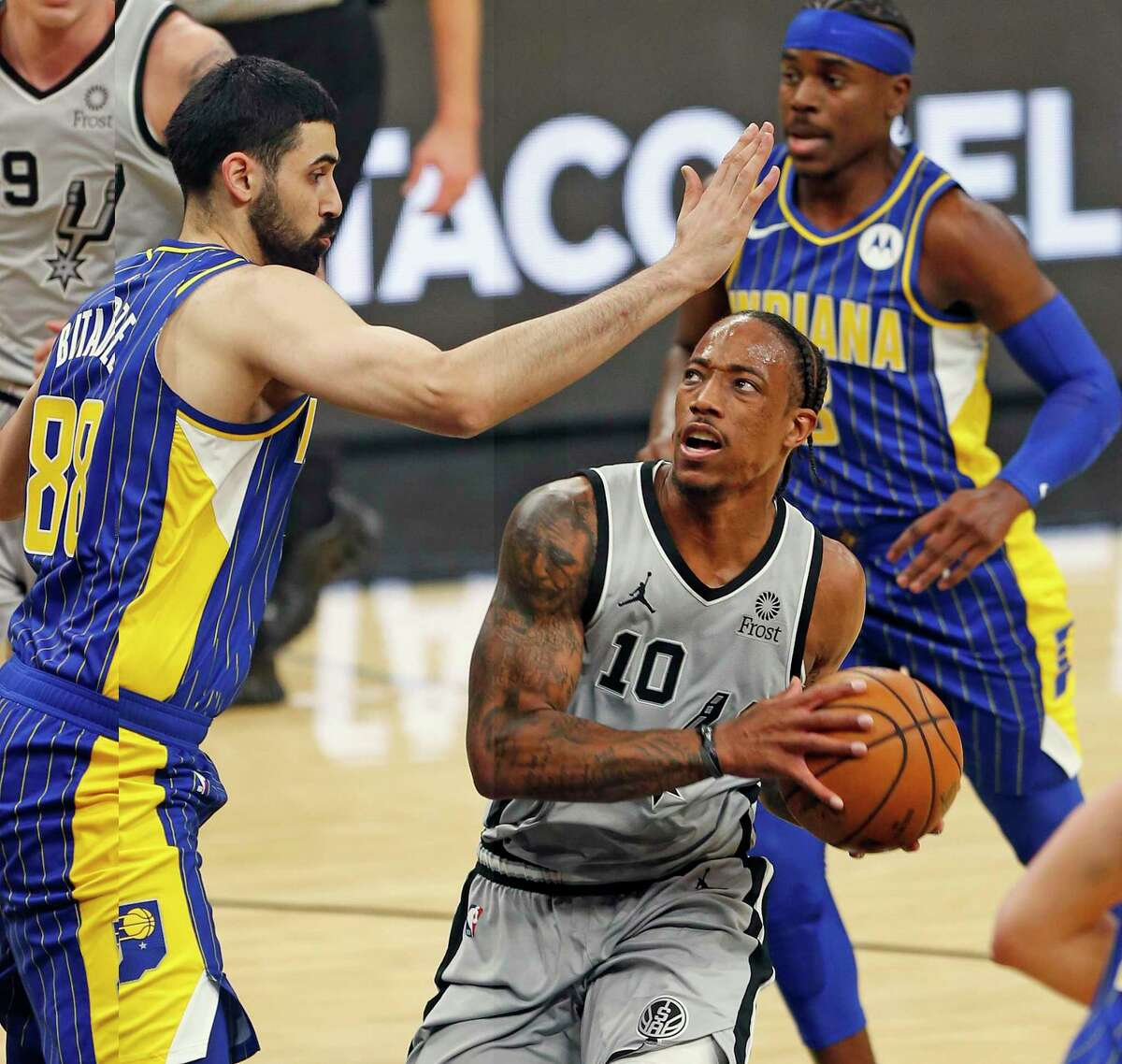"""Count Nuggets coach Michael Malone among the many who think DeMar DeRozan was one of this season's worst All-Star snubs. """"He's one of the tougher covers in the NBA,"""" Malone says."""