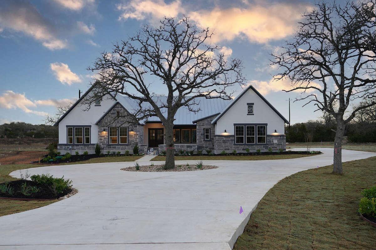 David Weekley Homes :992 Annabelle Ave. Bulverde, TX 78163