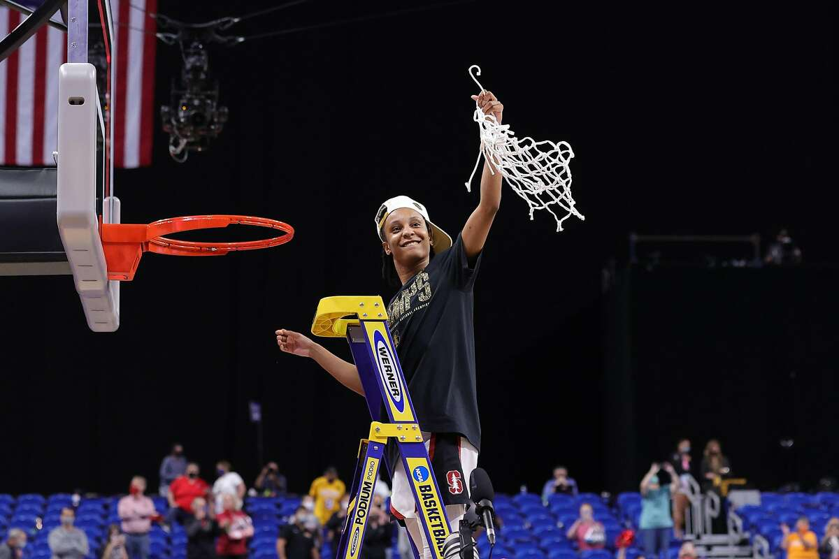 SAN ANTONIO, TEXAS - APRIL 04: Kiana Williams #23 of the Stanford Cardinal celebrates after cutting down the net following the team's win against the Arizona Wildcats in the National Championship game of the 2021 NCAA Women's Basketball Tournament at the Alamodome on April 04, 2021 in San Antonio, Texas. (Photo by Carmen Mandato/Getty Images)