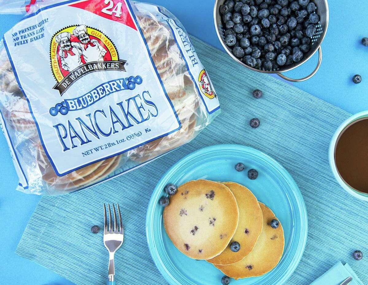 A promotional image for De Wafelbakkers frozen pancakes. (Image via De Wafelbakkers)
