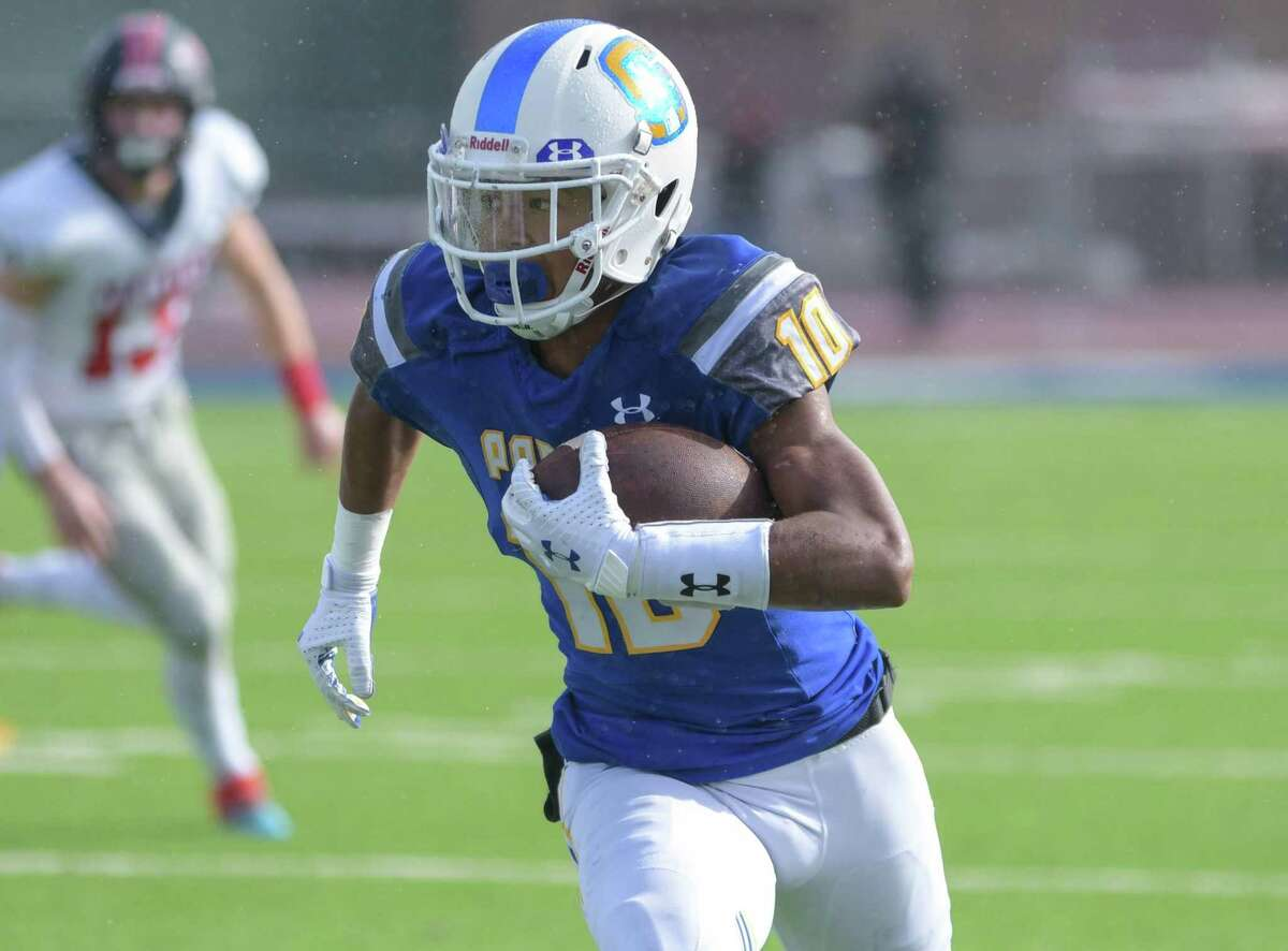 Serra's Hassan Mahasin caught TD passes of 20, 3 and 12 yards and ran for a 5-yard score against St. Francis on Saturday.