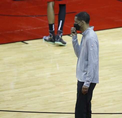 Houston Rockets head coach Stephen Silas on the sideline during the third quarter of an NBA basketball game at Toyota Center, Monday, April 5, 2021. Photo: Karen Warren/Staff Photographer / @2021 Houston Chronicle