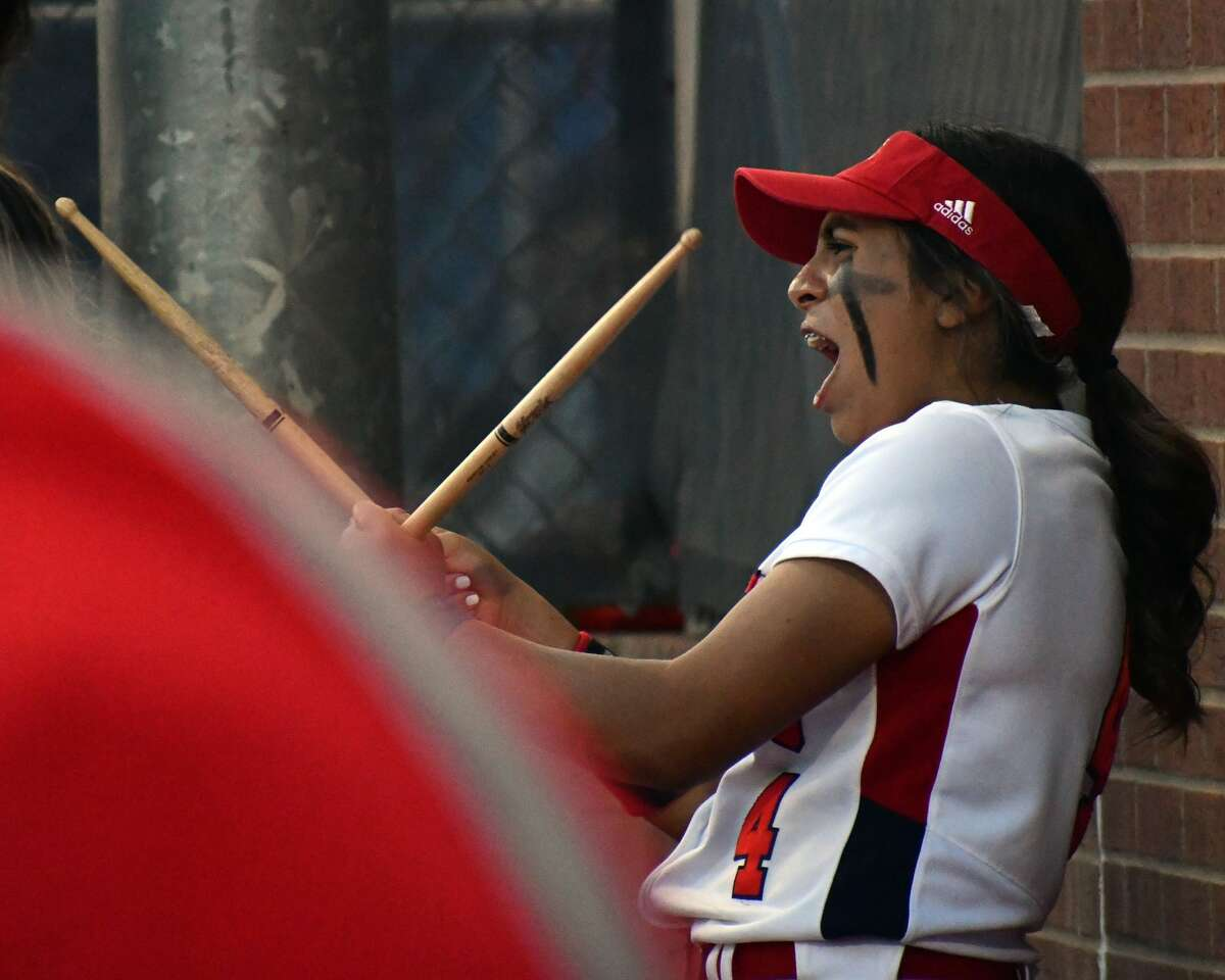 Plainview defeated Amarillo Palo Duro 11-0 in a District 3-5A softball game behind a combined no hitter from pitchers Sammy Briones and Maddy Martinez on Monday at Lady Bulldog Park.