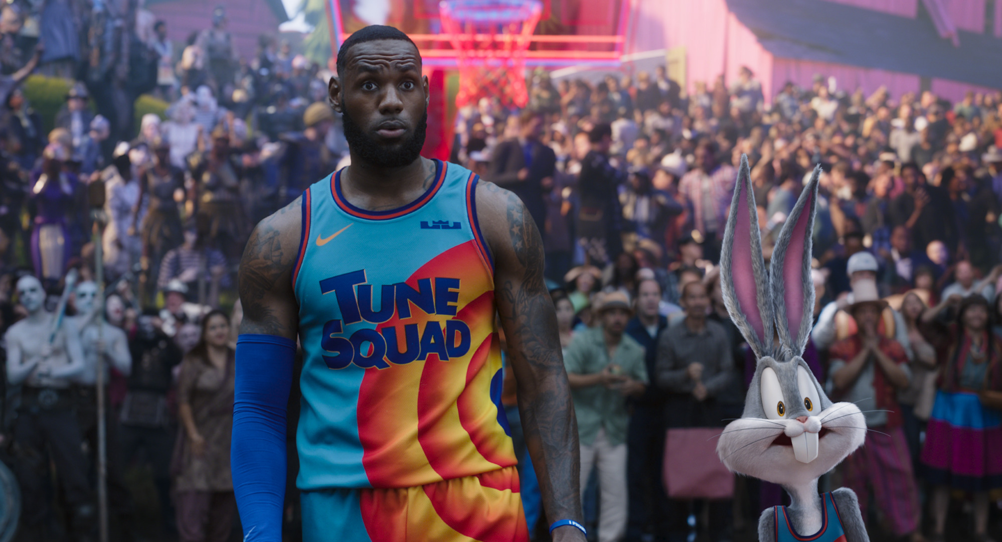 Exploring Looney Tunes Land to find Klay Thompson in 'Space Jam'