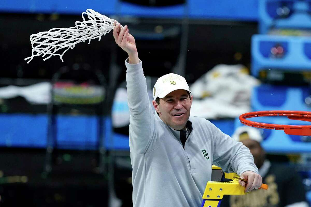 Eighteen years after his introductory press conference when he said a national title was possible at Baylor, Scott Drew cut down the Nets with the Bears.