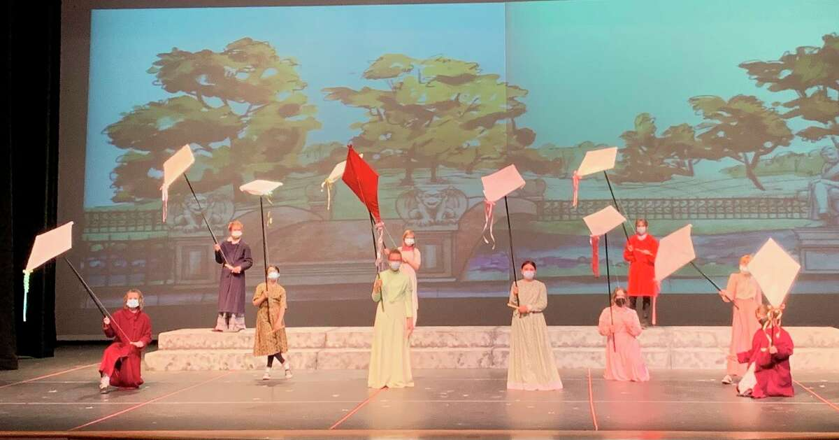 Pictured are Big Rapids Middle School students cast in 'Mary Poppins Jr.' WIth COVID-19 restrictions in place, the show will be available to watch via stream. (Courtesy photo)