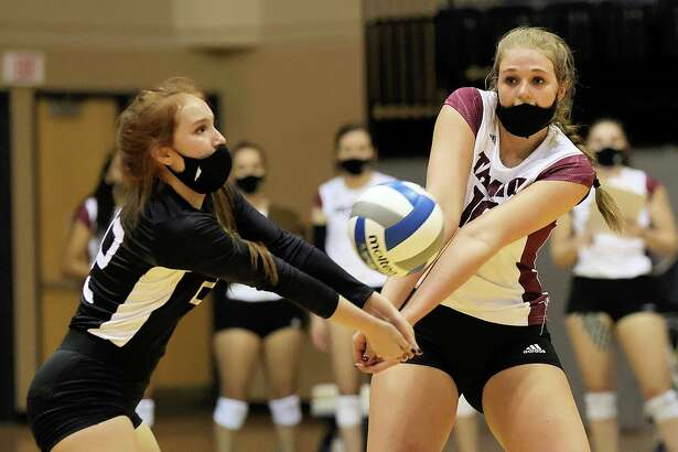 Texas A&M International volleyball juniors Mackenzie Catalina and Regina Tijerina were named to the Spring 2021 All-Lone Star Conference team.