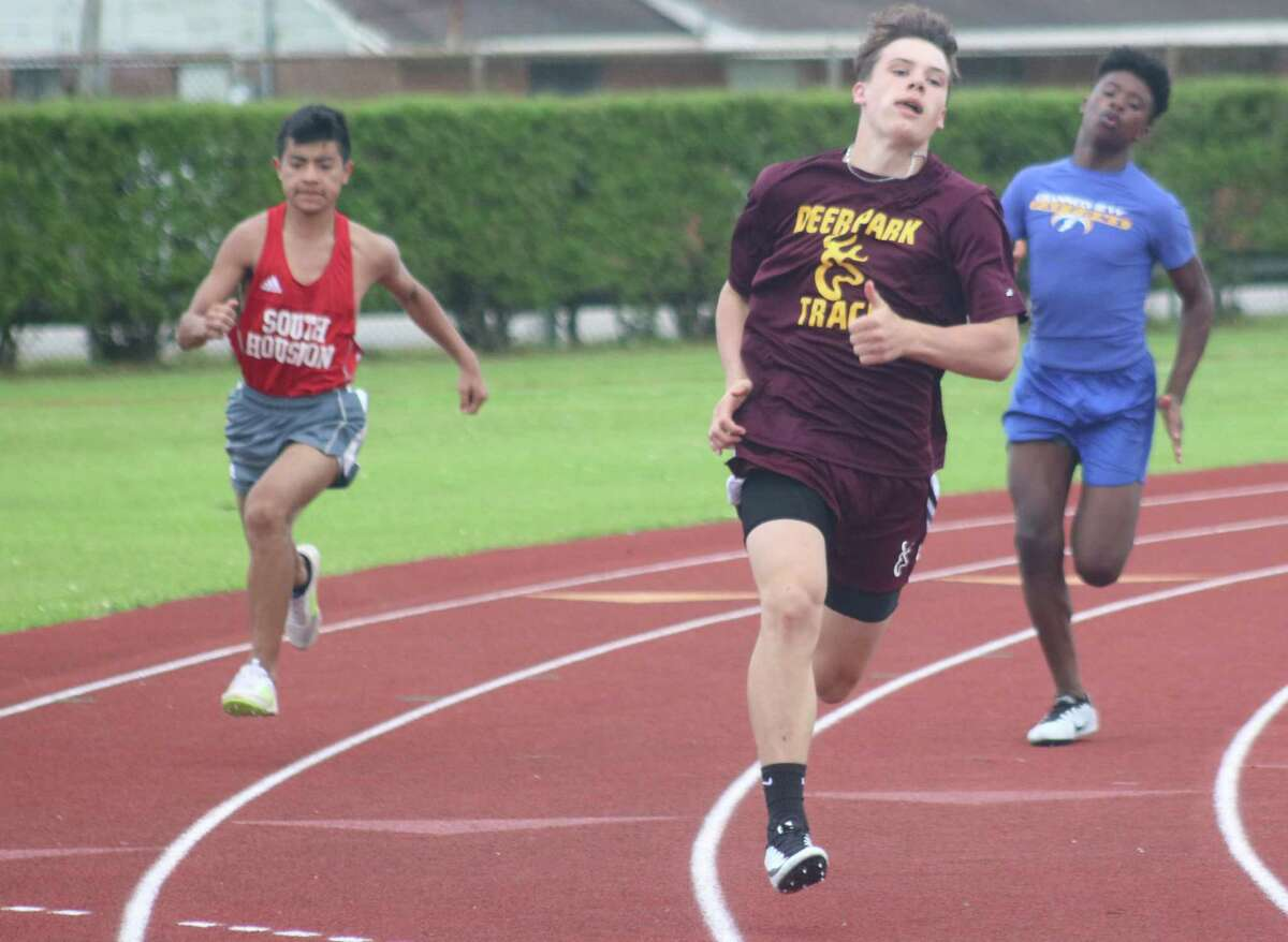 A Deer Park runner competes in one of the sprint races at the recent JV/Freshmen district championship at Allan Brown Stadium. Deer Park coasted to two titles.