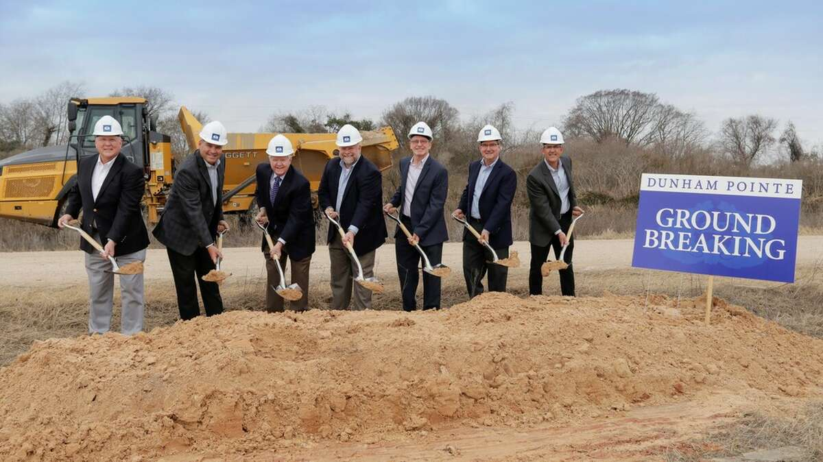 Participating at Dunham Pointe's groundbreaking are Tom Ramsey, Harris County Commissioner; Gary Tesch, CEO, MHI Partnership (Coventry Homes); Archie Dunham, president, Dunham Pointe Development; Cary Dunham, executive vice president, Dunham Pointe Development; Mark Welch, land acquisition manager, David Weekley Homes; David Assid, division president, Toll Brothers; and Joe Mandola, division president, Tri Pointe Homes.