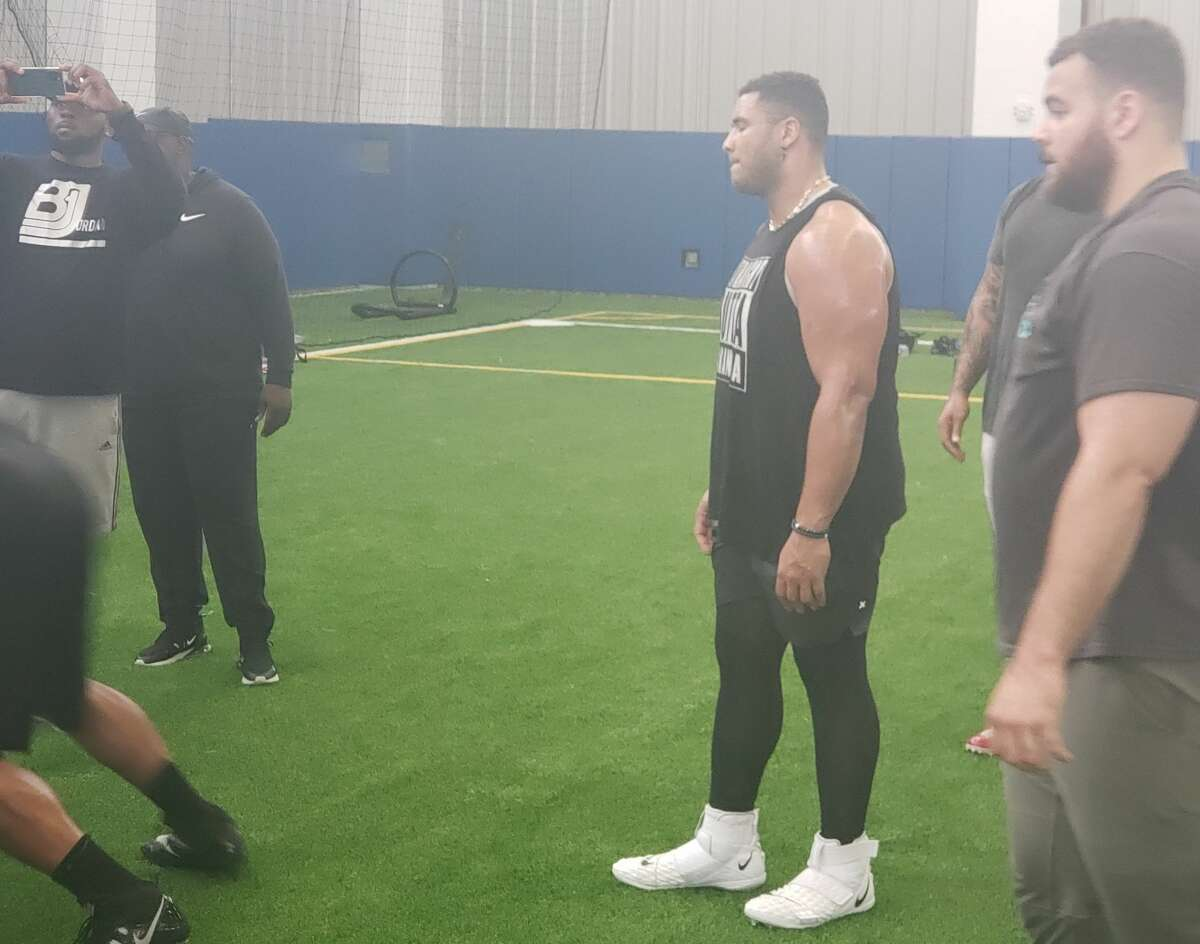 Christian Covingtonjoined several veteran defensive linemen at C.E. King High School on Wednesday morning for an NFL nose tackle summit organized by private defensive line coach Brandon Jordan.
