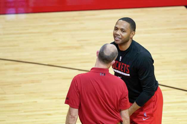 Houston Rockets guard Eric Gordon (10) works out before an NBA game between the Houston Rockets and Dallas Mavericks on Wednesday, April 7, 2021, at Toyota Center in Houston. Photo: Mark Mulligan, Staff Photographer / © 2021 Mark Mulligan / Houston Chronicle