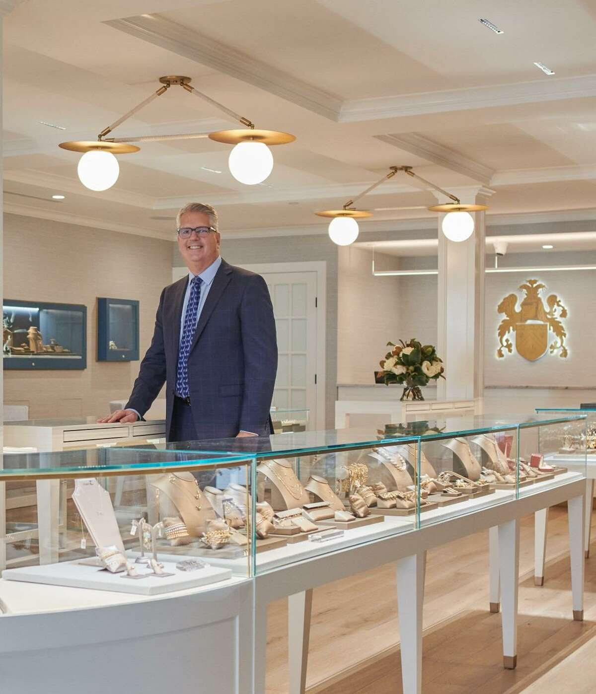 David Glucksman, who is a Fairfield resident, has been appointed store manager of Henry C. Reid & Son Jewelers, the 111-year-old jewelry store that is located at 1591 Post Road in Fairfield.
