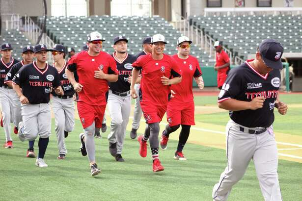 The Tecolotes Dos Laredos open spring training on Thursday.