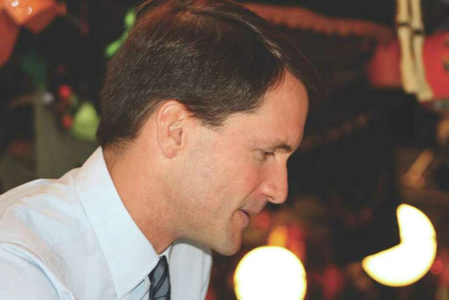 U.S. Rep. Jim Himes (D-4) visited the Sugar Bowl Thursday morning to speak with constituents. Photo: Contributed Photo / Darien News