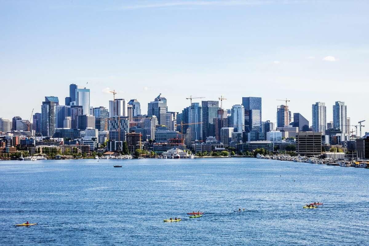 City skyline seen from Gas Works Park. Seattle, Washington, USA.