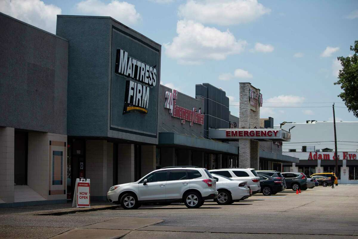 Skanska paid $27 million for the site at Montrose Boulevard and Westheimer to build a retail and residential project.