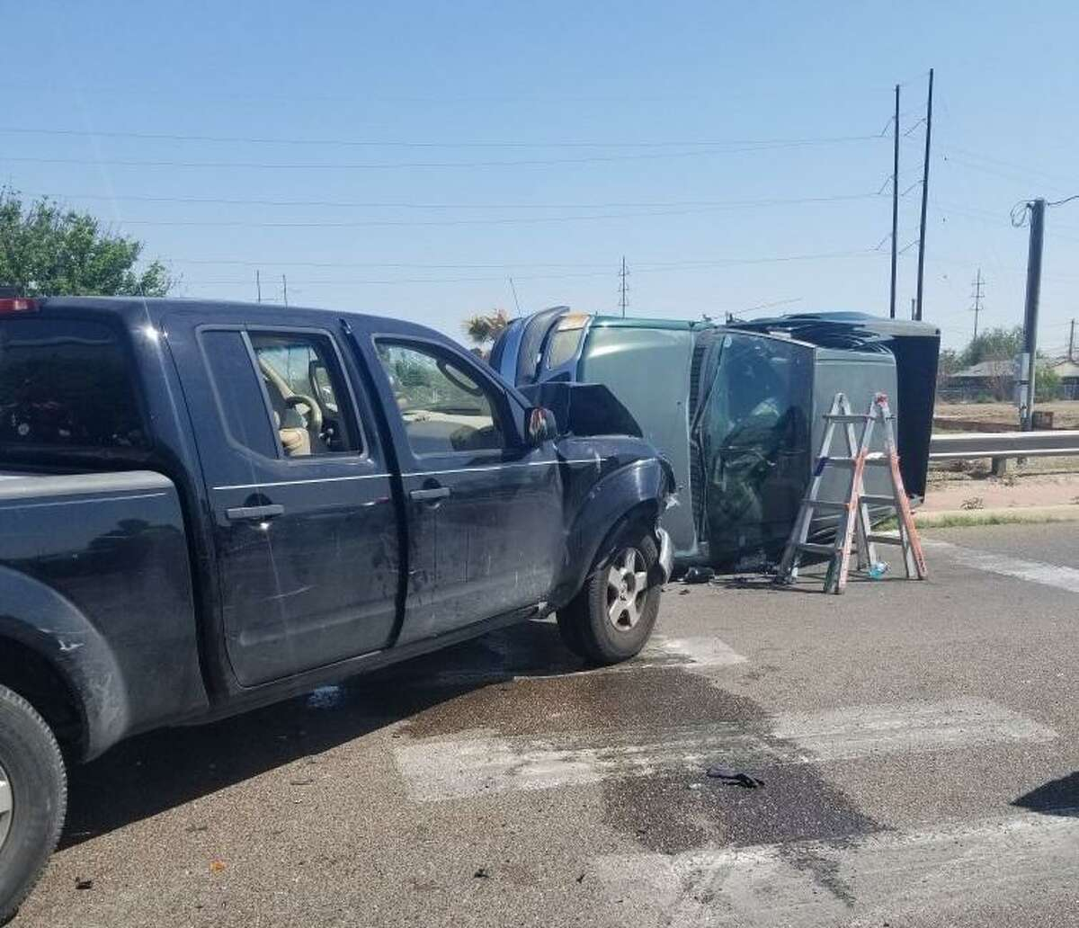 Two people were hurt as a result of this two-vehicle crash reported on Thursday morning in the intersection of San Francisco Avenue and Jefferson Street.