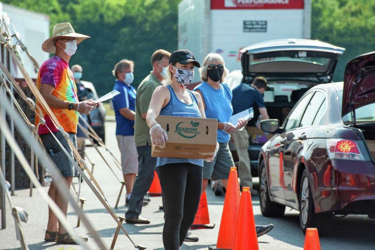 Pratt & Whitney employees at a food drive in East Hartford, Conn., where the jet engine maker is based as a subsidiary of Raytheon Technologies. (Photo courtesy Raytheon Technologies)