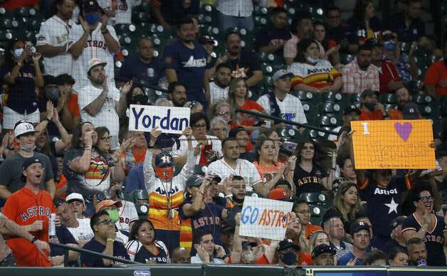 Houston Astros celebrate after Houston Astros left fielder Yordan Alvarez's double during the fourth inning of the Astros home opener MLB baseball game at Minute Maid Park, in Houston, Thursday, April 8, 2021. Photo: Karen Warren/Staff Photographer / @2021 Houston Chronicle