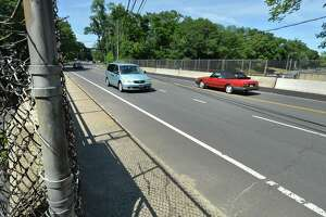 Traffic flows along Strawberry Hill Ave. over interstae 95 on Tuesday June 26, 2018 in Norwalk Conn. The Connecticut Department of Transportation has plans to repair, replace and raise the existing Strawberry Hill Avenue bridge superstructure to improve clearance over Interstate 95.