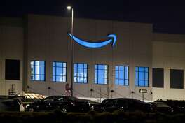 Amazon fought fiercely against an organizing effort at an Alabama warehouse.