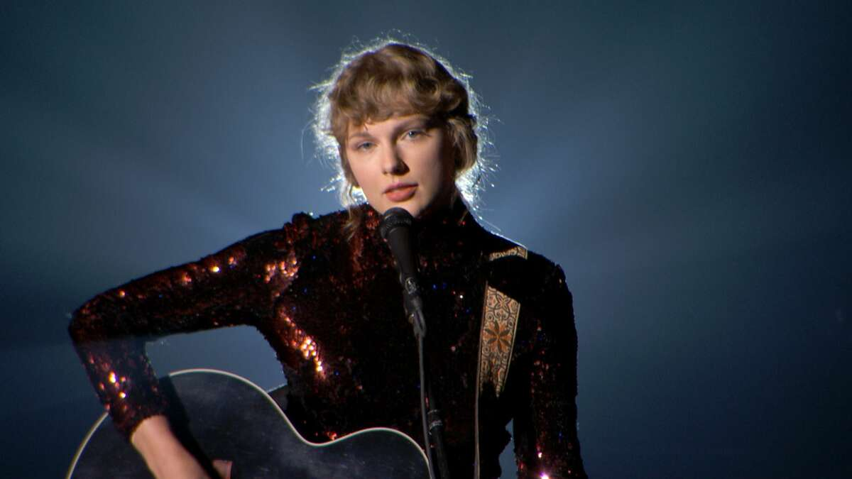 In this screengrab, Taylor Swift performs onstage during the 55th Academy of Country Music Awards at the Grand Ole Opry on September 16, 2020 in Nashville, Tennessee. (Photo by ACMA2020/Getty Images for ACM)