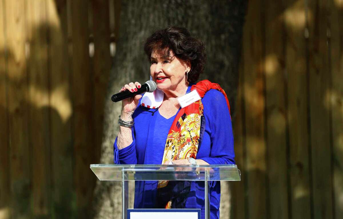 Former KHOU talk show host Warner Roberts was the master of ceremonies for the event and has been a regular contributor with her talents as a consultant and for promotional eents and fundraising for the Mission of Yahweh, an organization that helps homeless women and children, and senior citizens over 60.