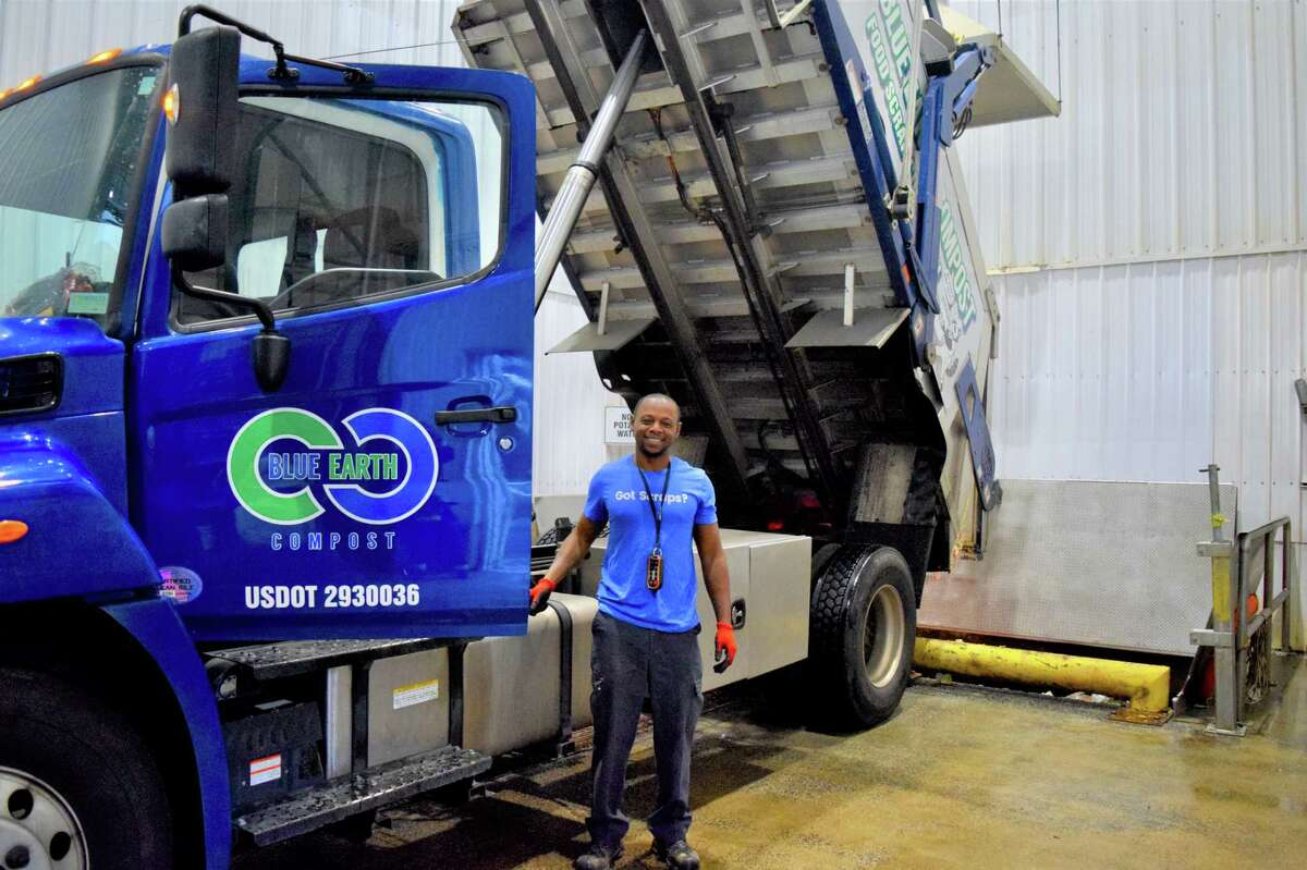 The city of Middletown Sanitation Department has contracted with Blue Earth Composting on a project to distribute receptacles to businesses and other entities to pick up food waste for free in an effort to divert it from the trash stream. The Feed the Earth Middletown campaign will help alleviate Connecticut's coming trash crisis, according to Recycling Coordinator Kim O'Rourke.