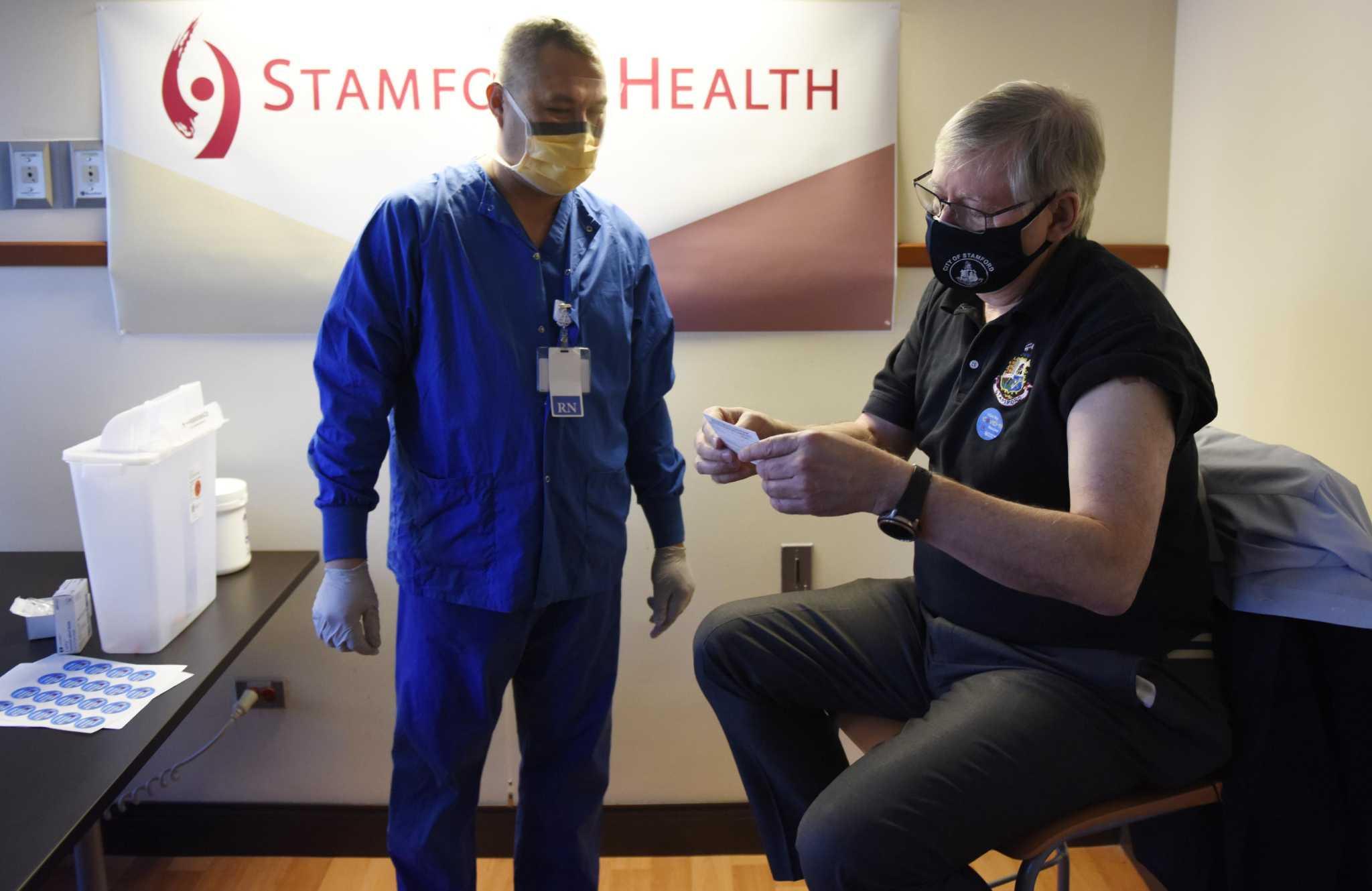 To ease diner worries, Stamford starts clinics to vaccinate restaurant, frontline workers