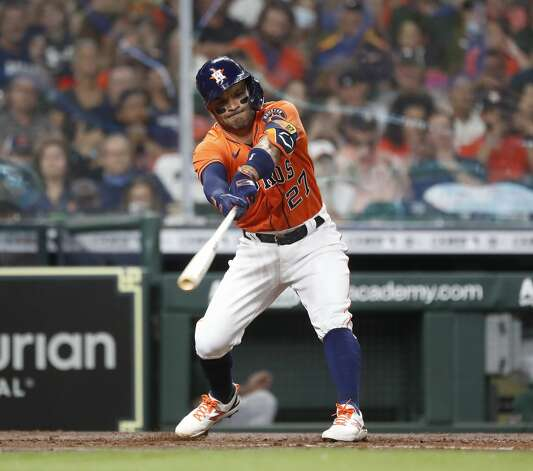 Houston Astros Jose Altuve (27) singles during the third inning of an MLB baseball game at Minute Maid Park, in Houston, Friday, April 9, 2021. Photo: Karen Warren/Staff Photographer / @2021 Houston Chronicle