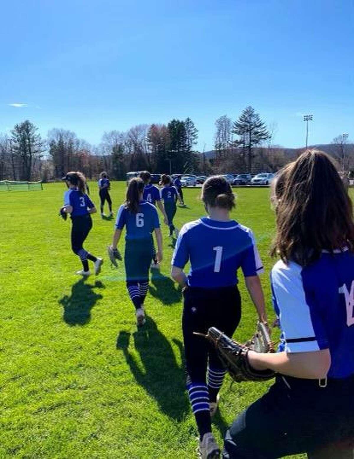 The Fairfield Ludlowe softball team practices ahead of its 2021 season opener.