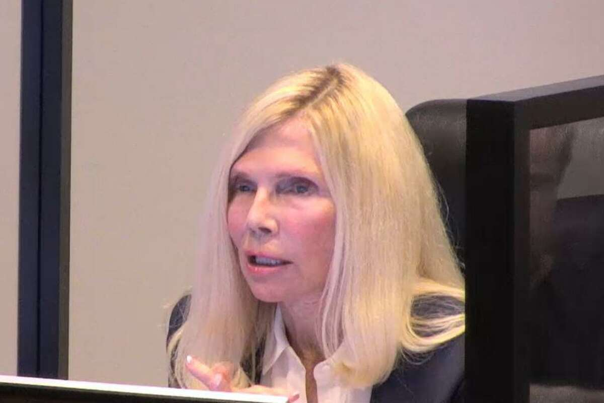 Veteran director Ann Snyder said on Friday she is seeking a fourth term on The Woodlands Township Board of Directors.