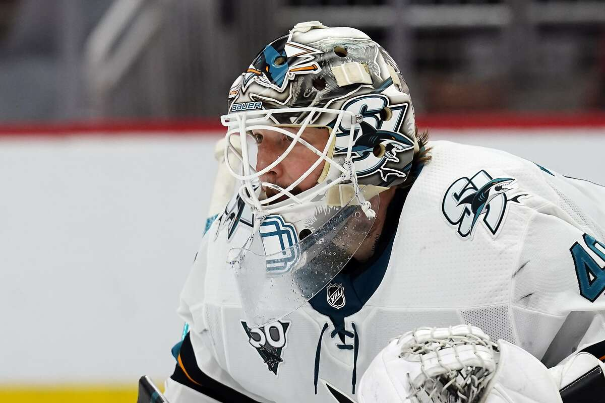 Devan Dubnyk had a 3.18 goals-against average and .898 save percentage for the Sharks this season.