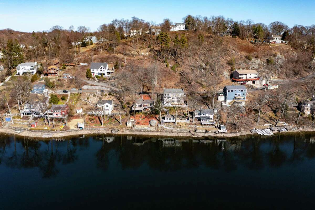 The Danbury area quickly became a destination for New Yorkers looking to move during the COVID-19 pandemic, including the area surrounding Candlewood Lake. A total of 1,358 people changed their address from New York to a Danbury ZIP code from the beginning of the pandemic in March 2020 through the end of the year.