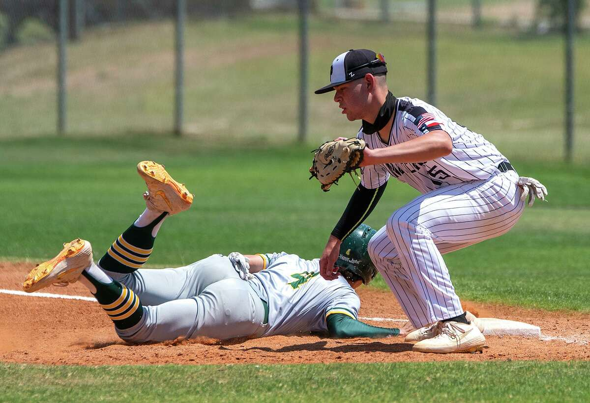 Eduardo Saenz and the United South Panthers defeated Nixon on Saturday.