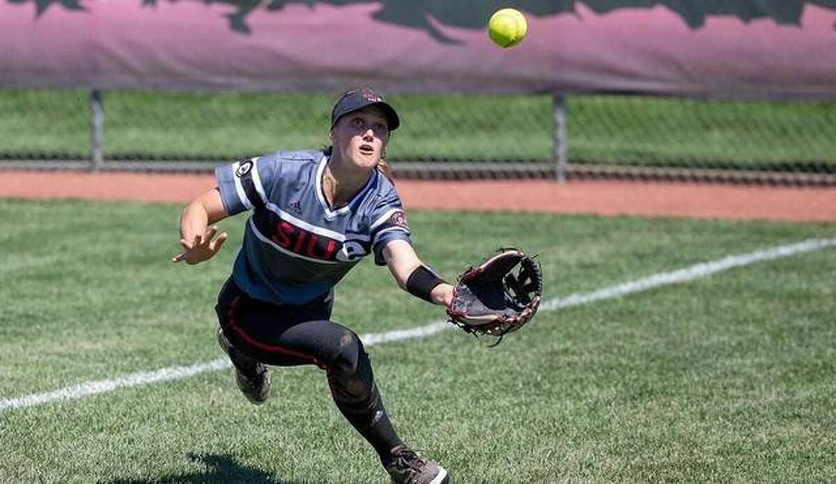 SIUE right fielder Ava Bieneman attempts to make a diving catch in foul territory during a Saturday doubleheader.