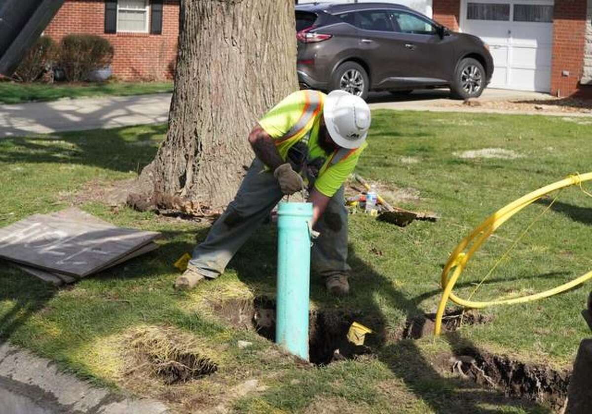 Ameren Illinois is spending nearly $2 million to replace vintage steel pipeline and natural gas services with modern, corrosion-resistant polyethylene material in Alton and Godfrey.