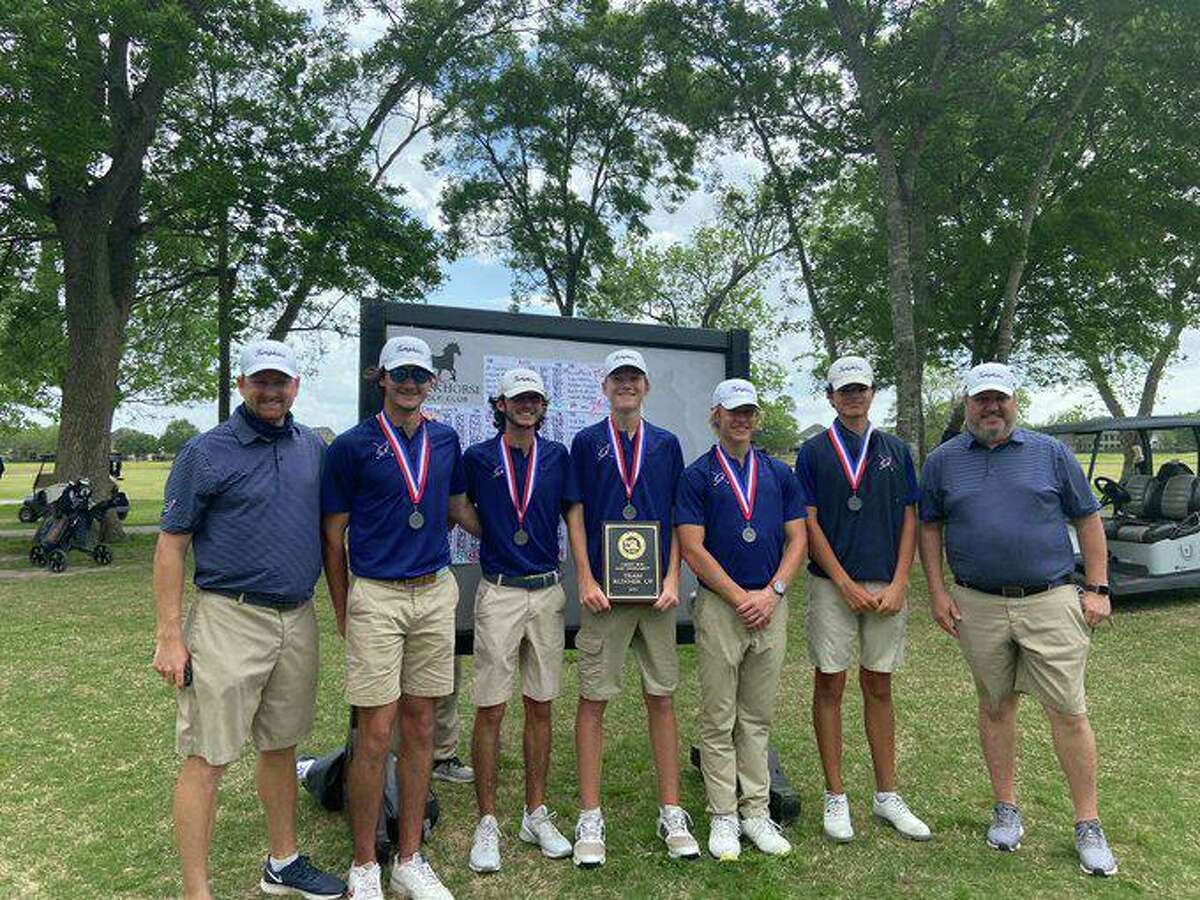 The Tompkins golf team of Gregory Dupont, Diego Montes, Colt Tenpenny, Jeff Borchert and Preston Remlinger was the District 19-6A runner-up, qualifying for its first regional tournament.