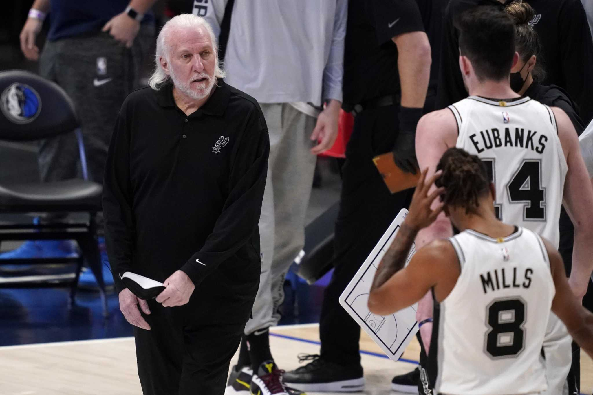 Gregg Popovich wants to know what politicians receive money from NBA owners