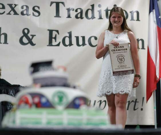 Ashley Hearnsberger of Trails End 4-H won grand champion decorated cake during the non-livestock auction at the Montgomery County Fair and Rodeo, Monday, April 12, 2021, in Conroe. Photo: Jason Fochtman, Houston Chronicle / Staff Photographer / 2021 © Houston Chronicle