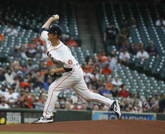 Houston Astros starting pitcher Zack Greinke (21) pitches during the first inning of an MLB baseball game at Minute Maid Park, in Houston, Monday, April 12, 2021. Photo: Karen Warren/Staff Photographer / @2021 Houston Chronicle