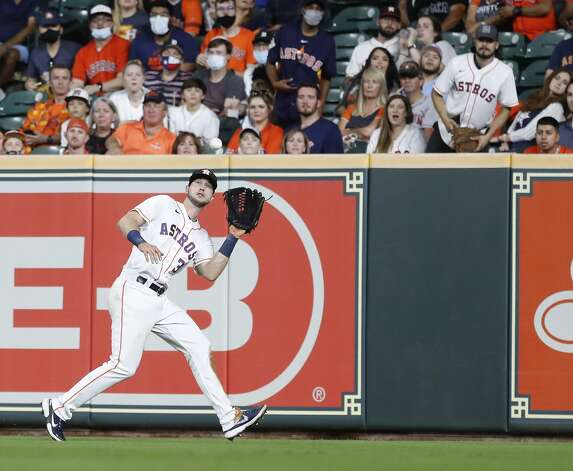 Houston Astros right fielder Kyle Tucker (30) catches Detroit Tigers Wilson Ramos'line out during the eighth inning of an MLB baseball game at Minute Maid Park, in Houston, Monday, April 12, 2021. Photo: Karen Warren/Staff Photographer / @2021 Houston Chronicle