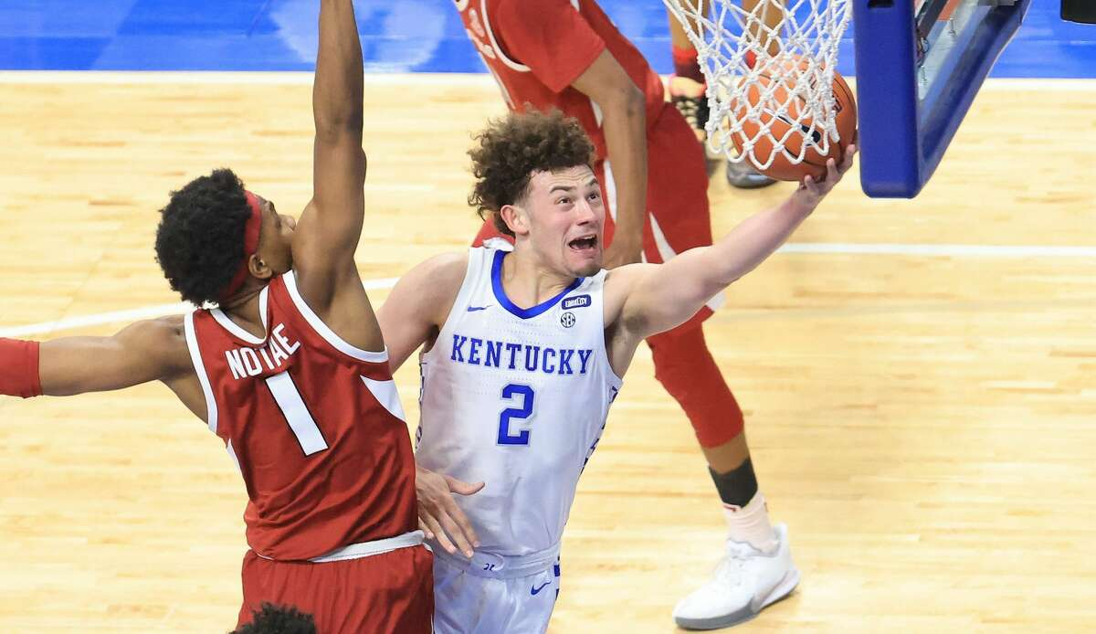 Former Kentucky guard Devin Askew transferred to Texas this offseason. Now he's been invited to the USA Basketball U19 World Cup Team training camp.