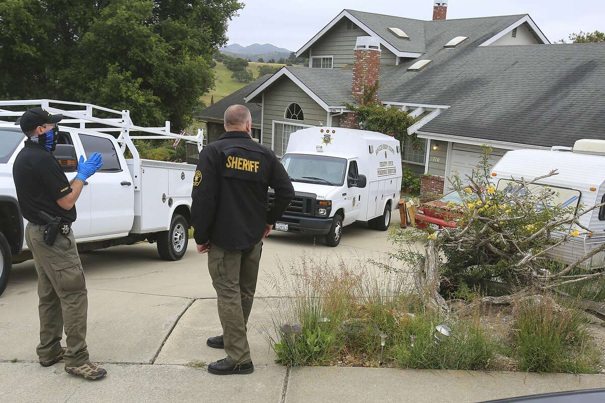Investigators search for missing student Kristin Smart at the home of Ruben Flores in Arroyo Grande.