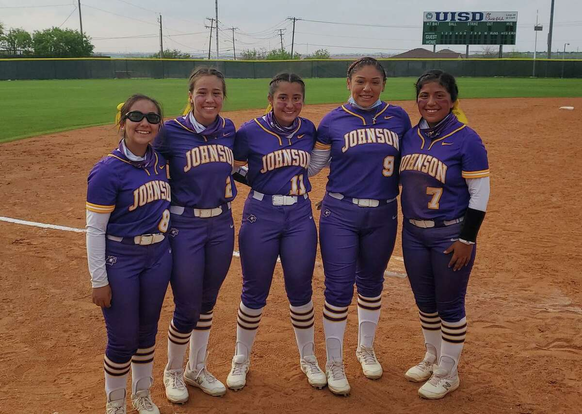 The Lady Wolves won 11-1 in five innings over Nixon on Tuesday at the SAC.