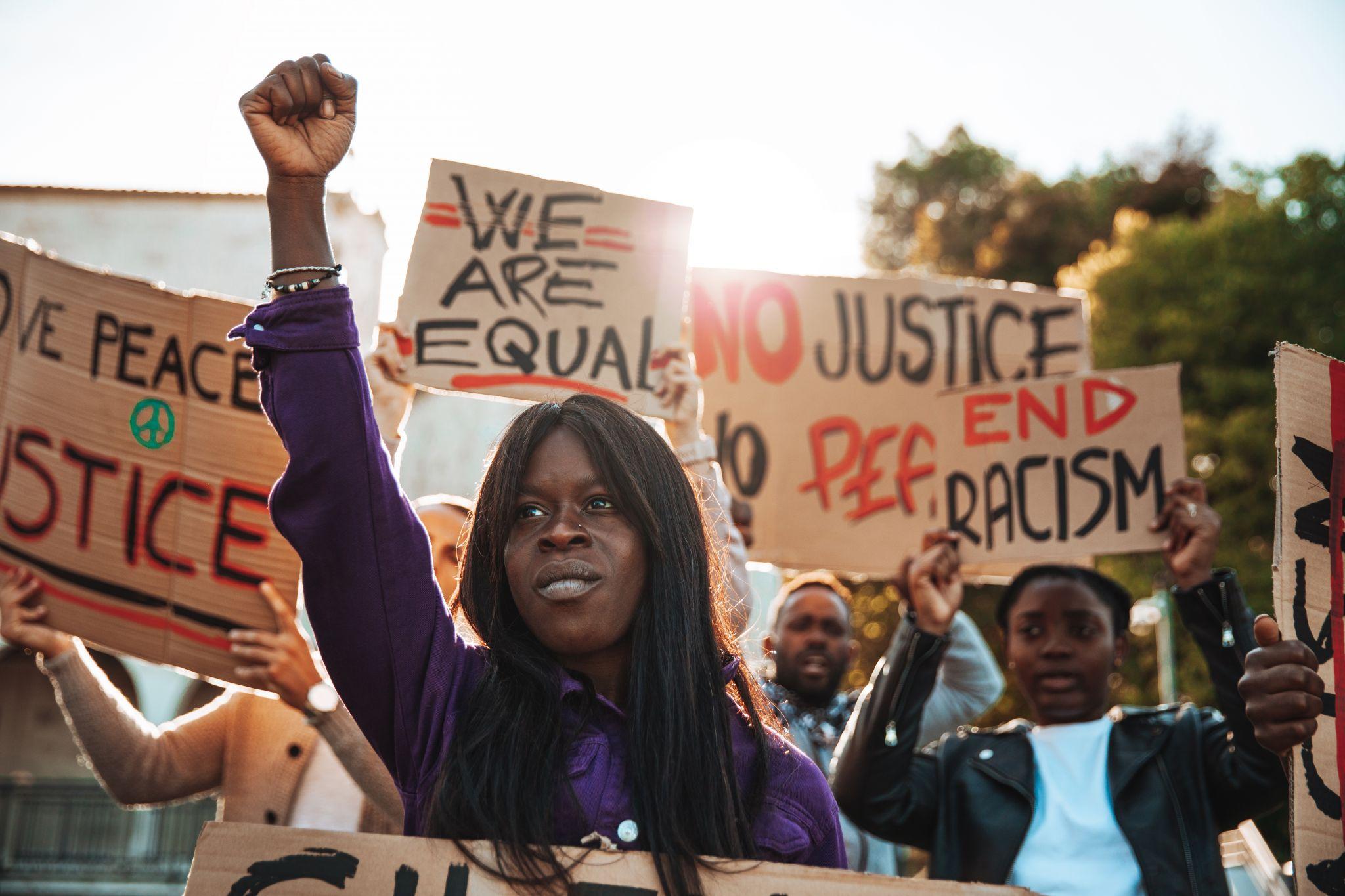 Dear Texas teachers, it's really not that hard to avoid being racist