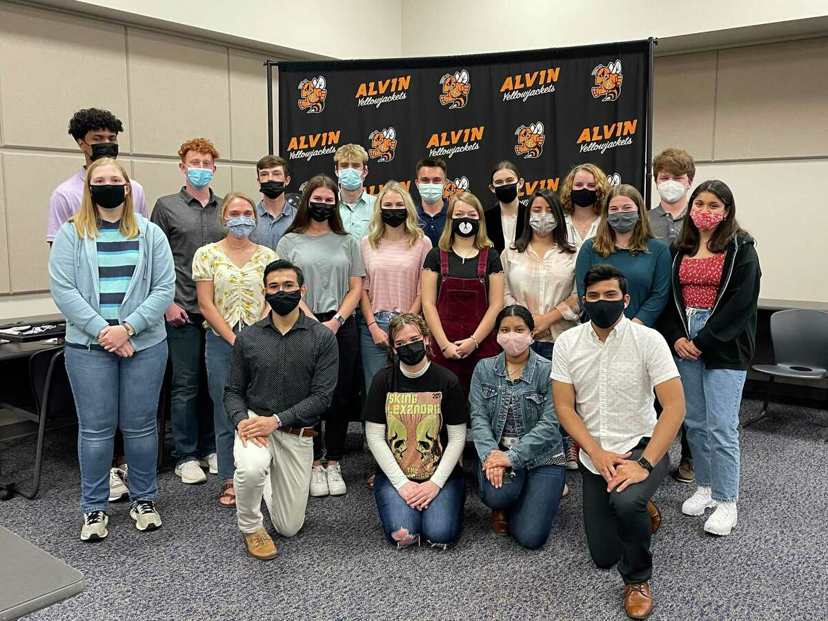 Top Alvin High School seniors are among Class of 2021 grads who will receive their diplomas on May 26.