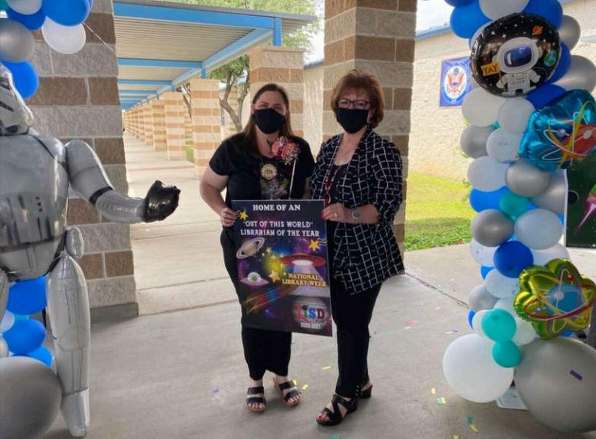 Laredo ISD Superintendent of School Dr. Sylvia G. Rios congratulates Ligarde Elementary School Librarian Tina Ramirez for being selected as the 2020-2021 LISD Librarian of the Year.