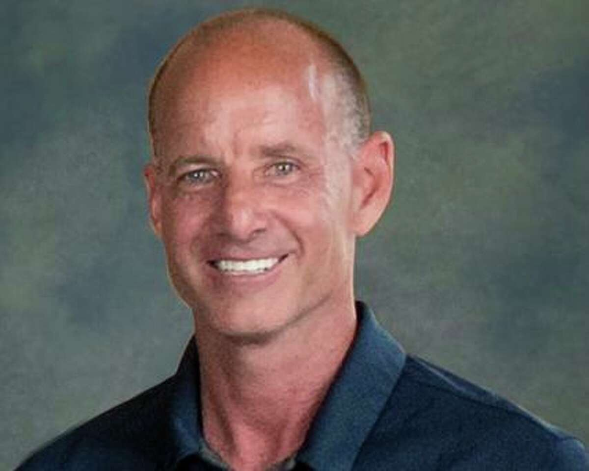 Kingwood coach Greg Dwyer passed away on March 12, 2021 after a fight with colon cancer.