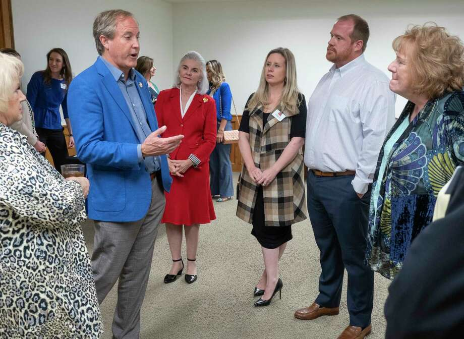 TX Attorney General Ken Paxton talks with members of the Midland County Republican Women 04/14/21 before a luncheon at the Midland Country Club. Tim Fischer/Reporter-Telegram Photo: Tim Fischer, Midland Reporter-Telegram